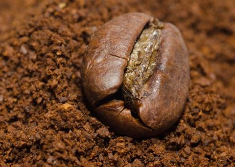 Come il caffè migliora umore e pressione