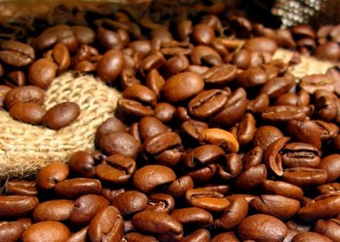Il processo di tostatura dei chicchi di caffè