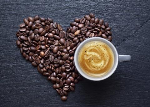 L'assunzione di caffè non danneggia il cuore